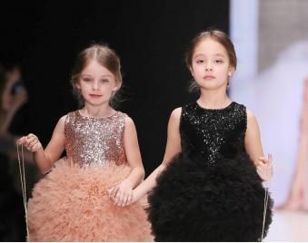 Нарядные платья для девочек - отличный подарок к празднику!